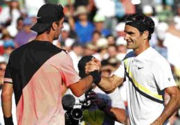 Federer loses match and No. 1 ranking at Miami Open