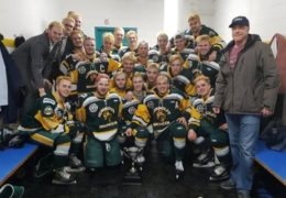 Canada: 14 dead after Humboldt Broncos junior hockey team bus crash