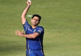 SHARJAH, UNITED ARAB EMIRATES - FEBRUARY 07:  Abdul Razzaq of Capricorn bowls during the Oxigen Masters Champions League match between Virgo Super Kings and Capricorn Commanders on February 7, 2016 in Sharjah, United Arab Emirates.  (Photo by Francois Nel/Getty Images)