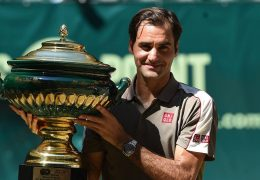 Federer wins 10th Halle title with victory over David Goffin