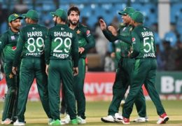 T20I's squad against protease announced; Hafeez, Imad dropped