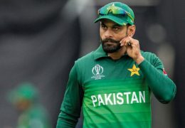 ALLAH is with those who show patience: Says Hafeez after being dropped